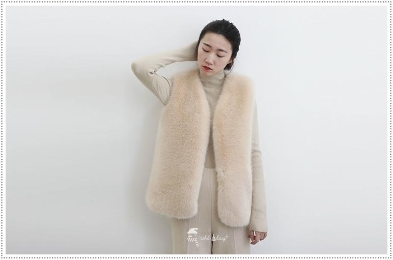 เช่าเสื้อขนเฟอร์ เช่าเสื้อกันหนาว เช่าโค้ท เช่าเสื้อโค้ท เช่าเสื้อกันหนาว