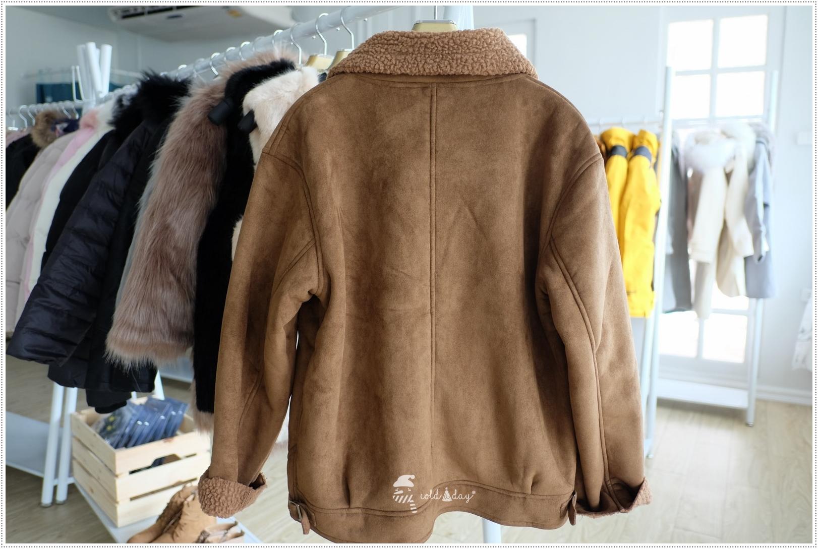 เช่าเสื้อแจ็คเก็ต เช่าเสื้อกันหนาว เช่าโค้ท เช่าเสื้อโค้ท เสื้อกันหนาว แจ็คเก็ตกันหนาว